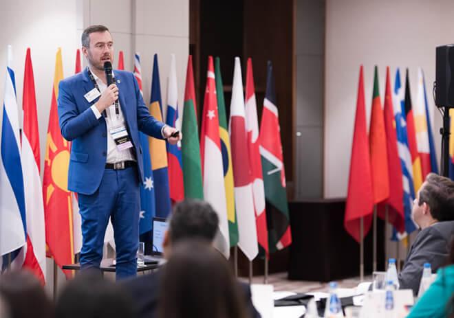 Dzięki wykładowi Antonio Afonso poznasz tajniki systemu Reporting2You i dowiesz się, jak wykorzystać dane gromadzone przez system do rozwoju grupy i regionu
